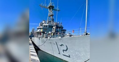 Barco de guerra de Estados Unidos, atracó en el puerto de La Paz
